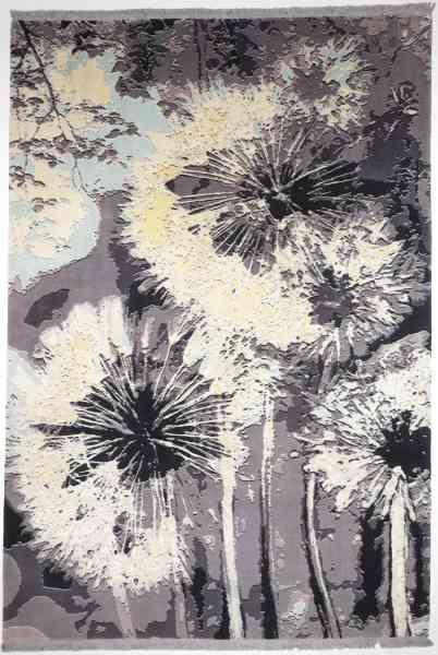 Hochwertiger Perserteppich mit zeitgemäßem Design aus feinster Schurwolle und Seide von Hand geknüpft graugrundig mit weißen, gelben und hellblauen Effekten, Draufsicht
