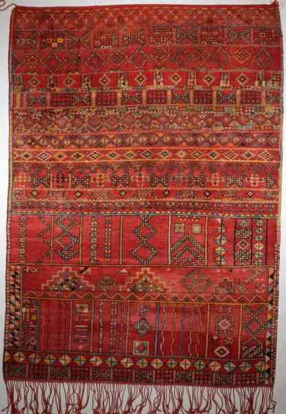 Berberteppich Mrirt aus den 60/70er Jahren, Original aus Marokko, handgeknüpft aus Schurwolle, mehrfarbig, rot, Draufsicht